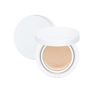 MISSHA Magic Cushion Moist Up SPF50+ PA+++ 15g